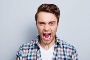 Együttélés egy dühöngővel - Működő Párkapcsolat
